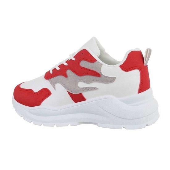Lage wit-rode sneaker Tanka.