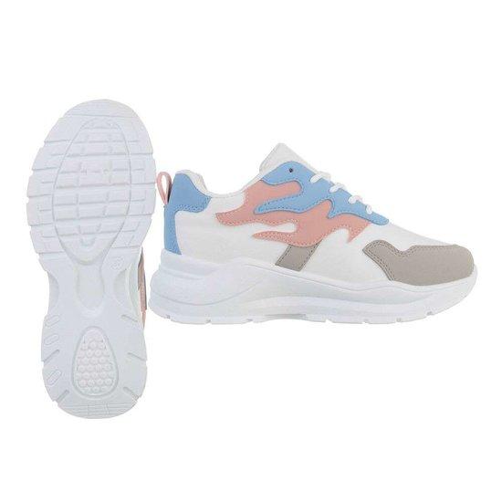 Lage wit-blauw-rose sneaker Tanka.