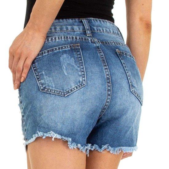 Destroyed Jeans short met parels.