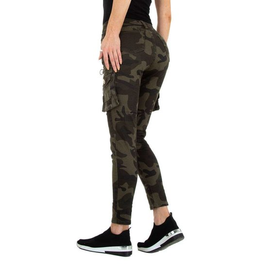 Hippe camou armygreen cargo jeans.