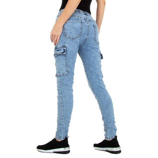 Hippe cargo blue jeans.