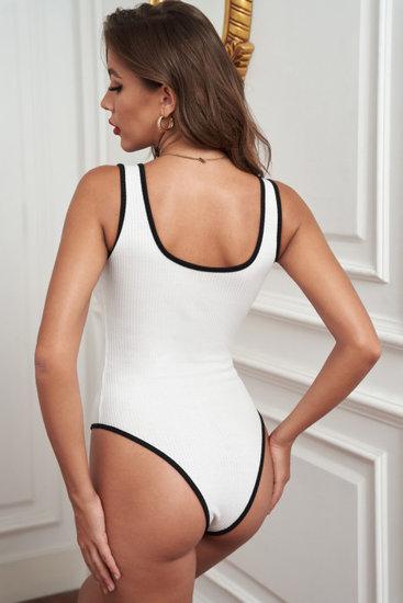 Witte singlet bodysuit.