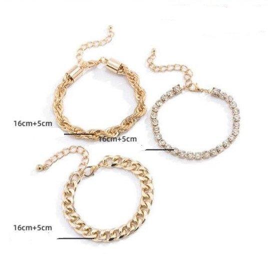 Modieuze 3 delige gouden armband.