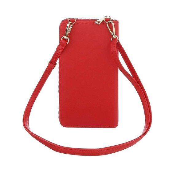 Rode mini schoudertasje.