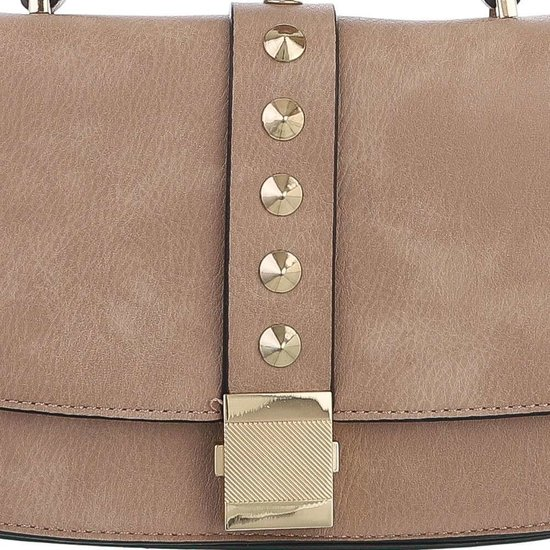 Kleine taupe schoudertas met studs.