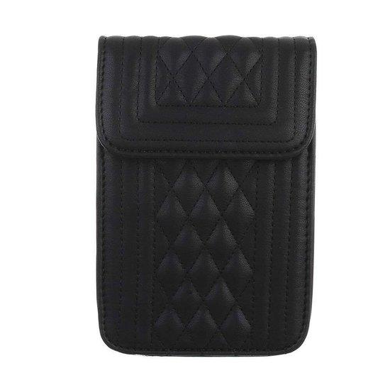 Trendy zeer klein zwart schoudertasje.