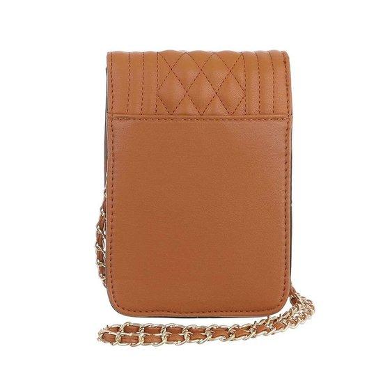 Trendy zeer klein cognac schoudertasje.