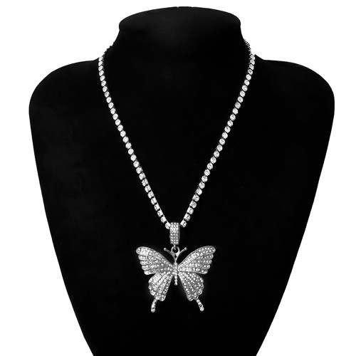 Trendy halsketting met vlinder. 3 kleuren.