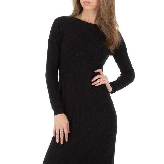 Elegante zwarte truijurk in plissé.