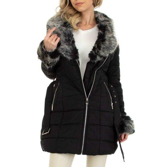 Modieuze zwarte gemoltoneerde midi winterjas.