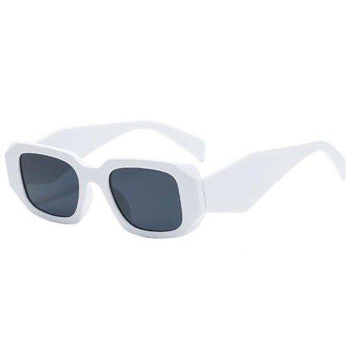 Witte zonnebril met geometric design.