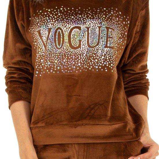 Bruine velvet loungewear VOGUE
