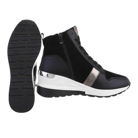 Fashion hoge zwarte sneaker Jardina.