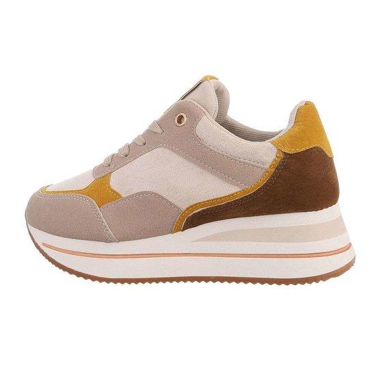 Beige fashion lage sneaker Elvita.