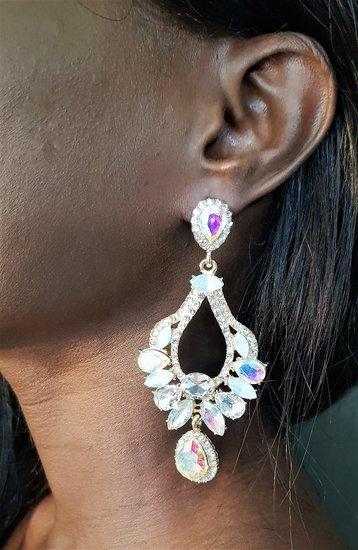 Fashion witte barok oorbellen.