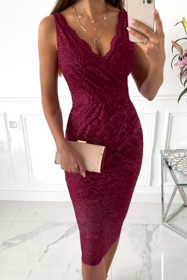 Elegante kanten bordeaux midi jurk.