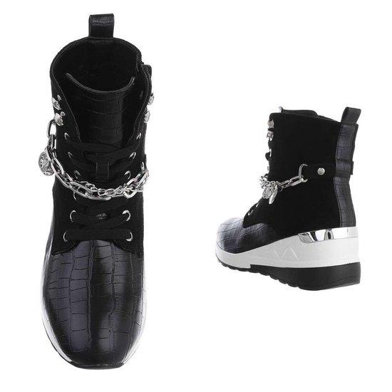 Fashion hoge zwarte sneaker Roana.