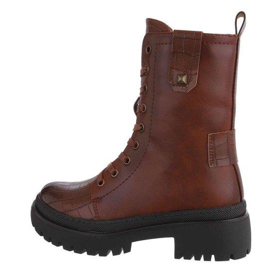 Classy bruine boot Viva.