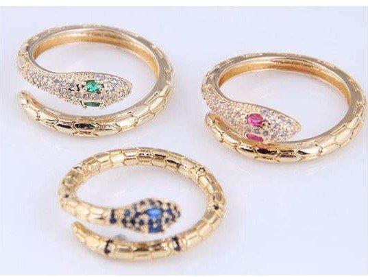 Gold plated ring in slangenvorm.