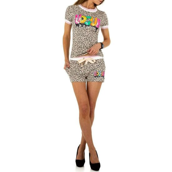 Loungewear set short+t-shirt met beige dierenprint